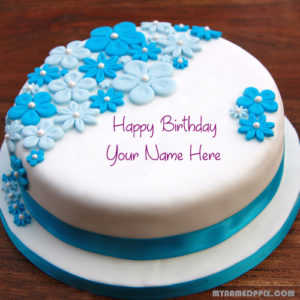 Beautiful Flowers Birthday Cake With Name Image